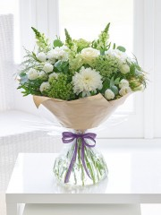 Classical Charm Hand-tied