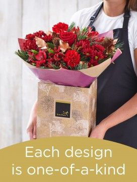 Christmas Hand-tied Bouquet £38