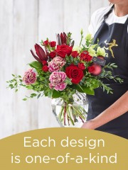 Christmas Hand-tied Bouquet and Vase £60