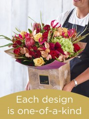 Christmas Hand-tied Bouquet £100